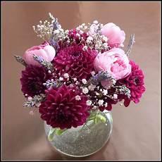 un jardin des fleurs premier bouquet associant des
