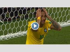 Neymar kan ogen niet geloven: geen strafschop na 'duw' in