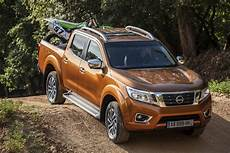 nissan np 300 nissan launches all new np300 navara for europe carscoops