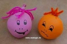 luftballon mit mehl füllen knetb 228 lle b 228 lle aus luftballon mit sand gef 252 llt balls