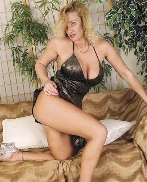 Nicollette Nude Pic Sheridan