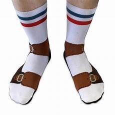 sandalen mit socken sandals socks socks that look like you re wearing sandals