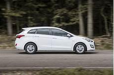 hyundai i30 cw kombi hyundai i30 ii cw facelift 2015 1 6 crdi 110 hp