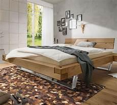 Balkenbett Wildeiche Im Industrial Design Mit Stahlkufen