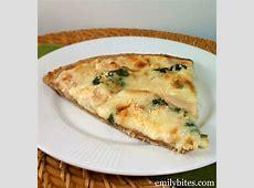 delicious chicken alfredo pizza_image