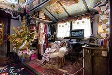 Decorations Inside The House by Peek Inside This Tiny House Decorated For