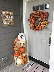 Thanksgiving Home Decor Ideas 2019 by Front Porch Decorations Thanksgiving In 2019 Fall