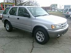 auto air conditioning service 2002 isuzu rodeo sport instrument cluster sell used 2002 isuzu rodeo s sport utility 4 door 2 2l 5 speed only 80 400 miles rust free in