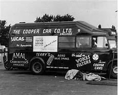bedford cing car model 1950 bedford owb cooper car co team transporter