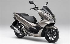 honda gave the pcx 150 a fresh new update top speed