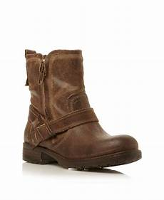 steve madden luckyone heavy biker boots in brown taupe