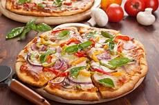 les recettes de pizza italienne recette de pizza quatre saisons facile et rapide