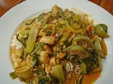 pak choi rezept thai flusskrebscurry mit thai auberginen und pak choi rezept