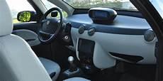 autolib conducteur bollor 233 bluecar contre l de l 233 lectricit 233 dans l air