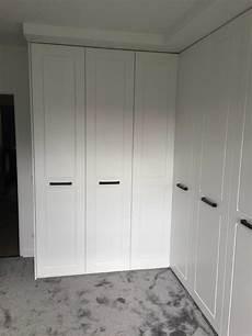 Küchenschrank Korpus Ohne Türen - kostenlos einbauschrank t 252 ren mit dreht 252 ren und lackierten