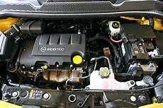 opel adam motoren so f 228 hrt der opel adam bilder autobild de
