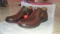 sepatu kickers kickers shoes jambijualan jual sepatu kickers original 100 di lapak hery sucitra eriktra