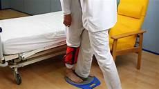 ausili per disabili letti trasferimento dalla carrozzina o sedia verso il letto