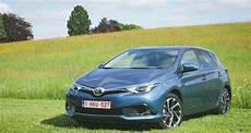 Toyota Auris 2015 Notre Essai Nos Photos Et Les Tarifs