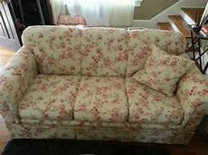 haverty s sofa floral shabby cottage style shabby
