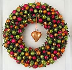 türkranz weihnachten kugeln t 252 rkranz weihnachten 30cm kugelkranz wandkranz