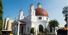 4 Gereja Bersejarah Dan Terindah Di Indonesia