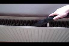 Heizkörper Reinigen Staubsauger - heizk 246 rper reinigen so wird er rundum sauber