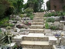 Steingarten Gestalten Treppe Hang Terrassen Pflanzen