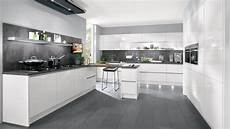 greeploze keuken in hoogglans wit keukens op maat