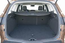 kofferraumvolumen ford focus turnier vier kompakte kombis im test bilder autobild de