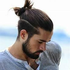 lange haare männer frisuren lange haare m 228 nner bun hair on top