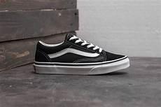 vans skool black true white footshop