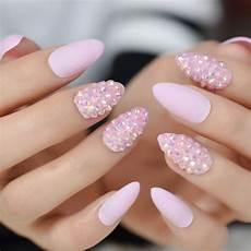 rosa nägel mit glitzer pudding almond nails medium light pink color nails