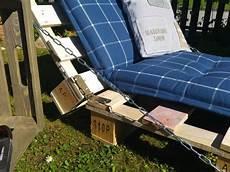 liegestuhl aus paletten palettenm 246 bel selber bauen liege