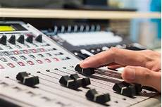 Pourquoi Et Comment Choisir Un Producteur De Musique
