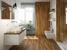 pavimento marrone gres porcellanato effetto legno teak 15x90