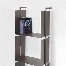 scaffali design scaffale verticale a parete in acciaio tubolare libra18