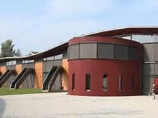 Montessori Schule In Aufkirchen Ger 252 Ste Und Schalungen