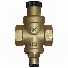 regulateur de pression d eau r 233 ducteur de pression de r 233 glage aqua flow b9133 leroy