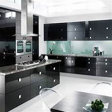 high gloss kitchen cabinet at rs 900 sqft anakaputhur