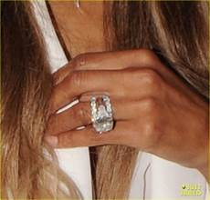 ciara flashes wedding ring while shopping with russell wilson photo 3701020 ciara russell