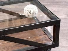table basse metal verre table basse industrielle meuble de style industriel bois