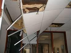 faux plafonds suspendus faux plafond suspendu 60x60 isolation id 233 es