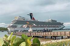 carnival cruise ship tilts to one side off florida coast