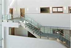 ringhiera in vetro novit 224 ringhiera in vetro nord scale realizzazione
