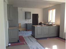 what color walls go with gray cabinets bindu bhatia astrology