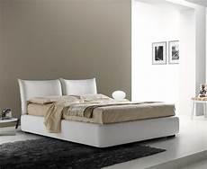 cuscini per testata letto matrimoniale letto matrimoniale imbottito con testiera a cuscini