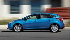 ford neuer fokus auf elektroautos hybride in europa