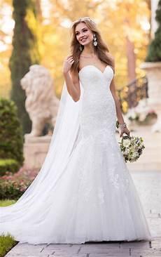 lace wedding dresses form fitting lace wedding dress stella york