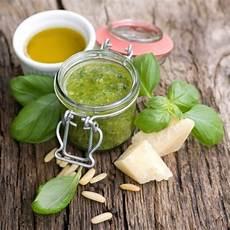 Basilikum Pesto Rezept Kochrezepte At